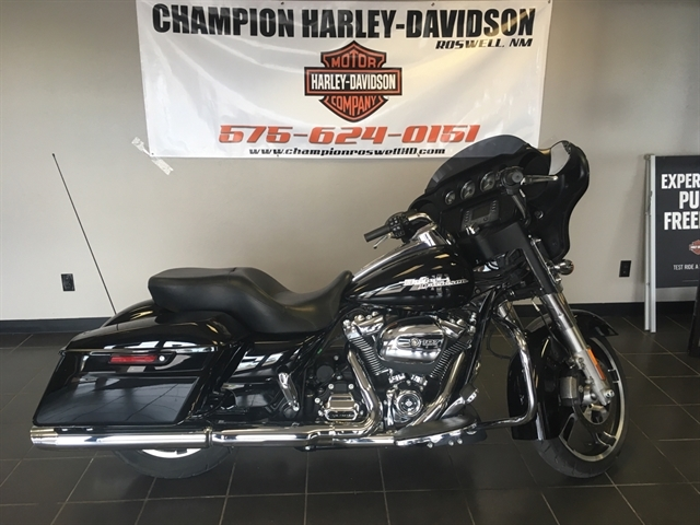 2017 HARLEY FLHX at Champion Harley-Davidson