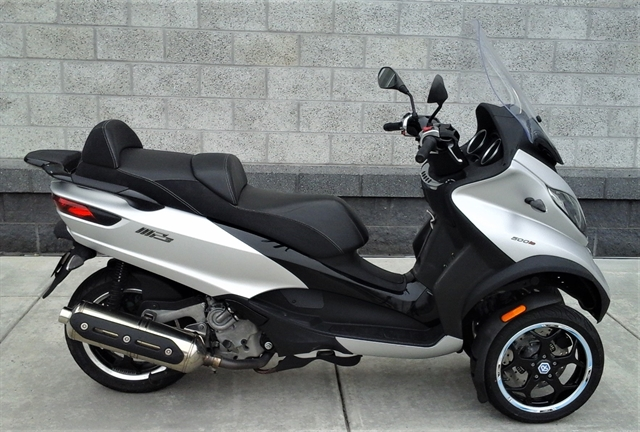 2016 Piaggio MP3 500 Sport ABS at Yamaha Triumph KTM of Camp Hill, Camp Hill, PA 17011