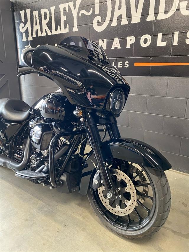 2018 Harley-Davidson Street Glide Special at Harley-Davidson of Indianapolis