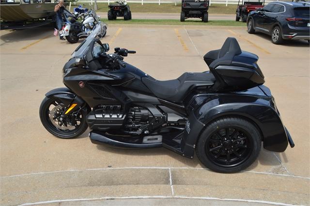 2021 Honda Gold Wing Tour Automatic DCT at Shawnee Honda Polaris Kawasaki