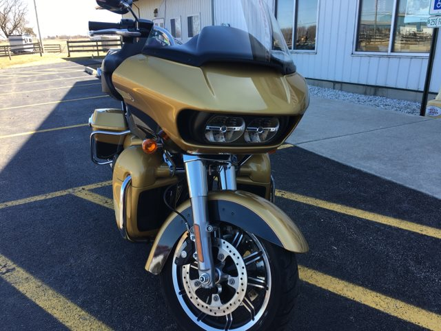 2017 Harley-Davidson ROAD GLIDE ULTRA MILWAUKEE EIGHT at Randy's Cycle, Marengo, IL 60152