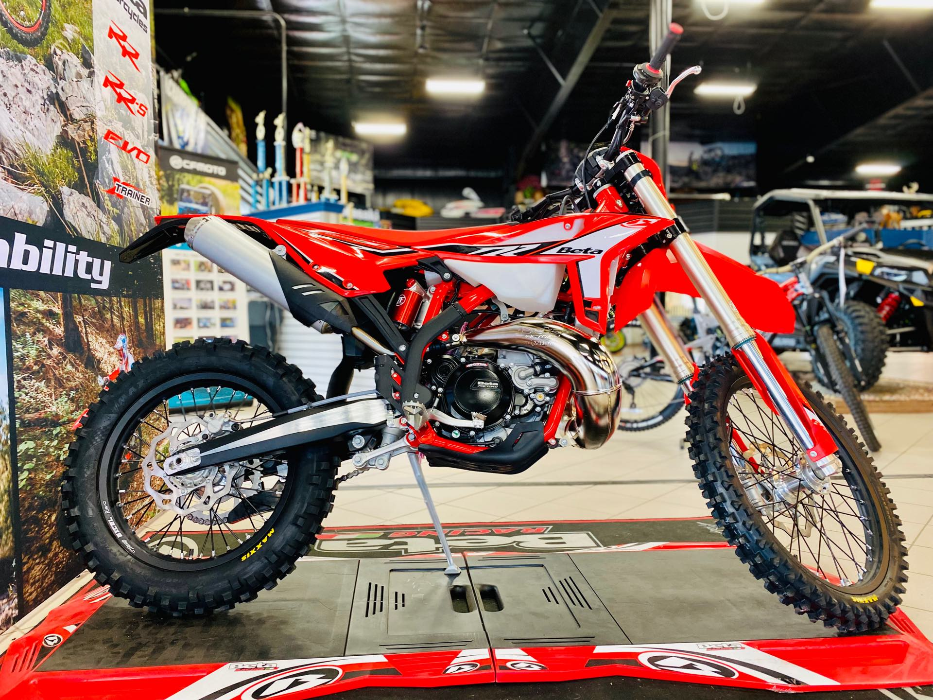 2022 BETA RR 300 2-Stroke at Rod's Ride On Powersports