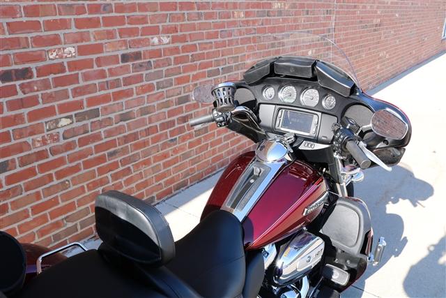 2017 Harley-Davidson Trike Tri Glide Ultra at Zylstra Harley-Davidson®, Ames, IA 50010