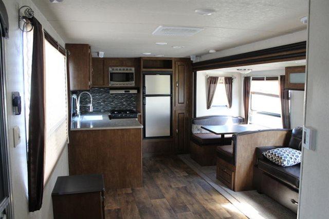 2018 Forest River Wildwood 27RKSS Rear Kitchen at Campers RV Center, Shreveport, LA 71129