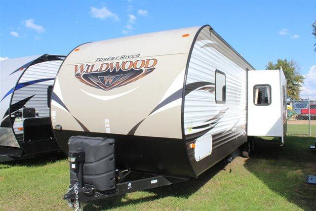 2018 Forest River Wildwood 27RKSS Rear Kitchen at Campers RV Center, Shreveport, LA 71129