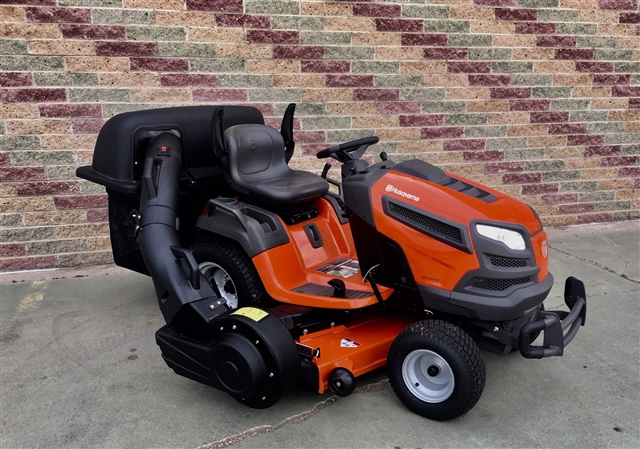 2017 Husqvarna Riding Lawn Mowers GTH52XLS Briggs & Stratton at Harsh Outdoors, Eaton, CO 80615
