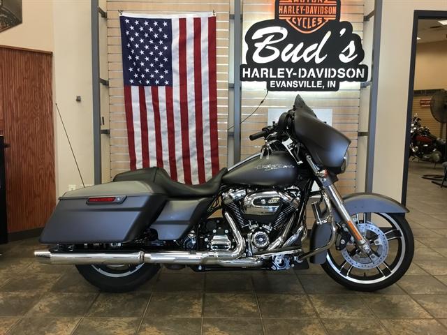 2017 Harley-Davidson Street Glide Special at Bud's Harley-Davidson