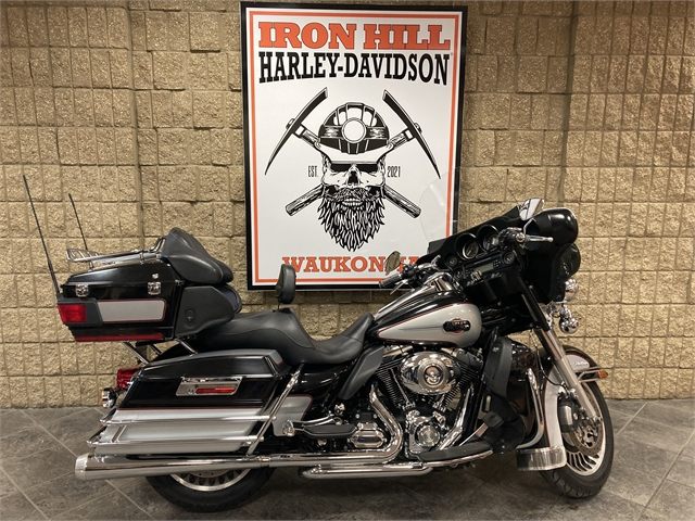 2010 Harley-Davidson Electra Glide Ultra Classic at Iron Hill Harley-Davidson