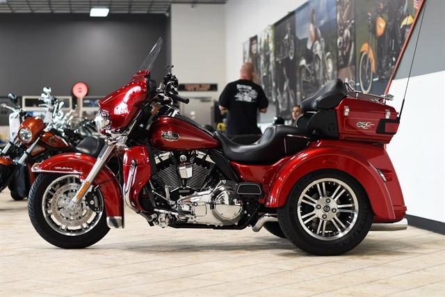 2013 Harley-Davidson Trike Tri Glide Ultra Classic at Destination Harley-Davidson®, Tacoma, WA 98424