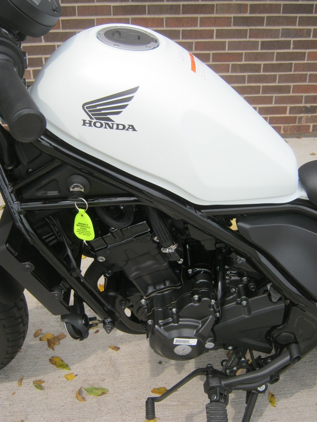 2017 Honda CMX300 Rebel at Brenny's Motorcycle Clinic, Bettendorf, IA 52722