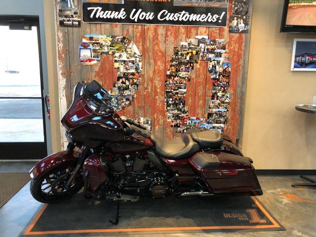 2019 Harley-Davidson Street Glide CVO Street Glide at Vandervest Harley-Davidson, Green Bay, WI 54303