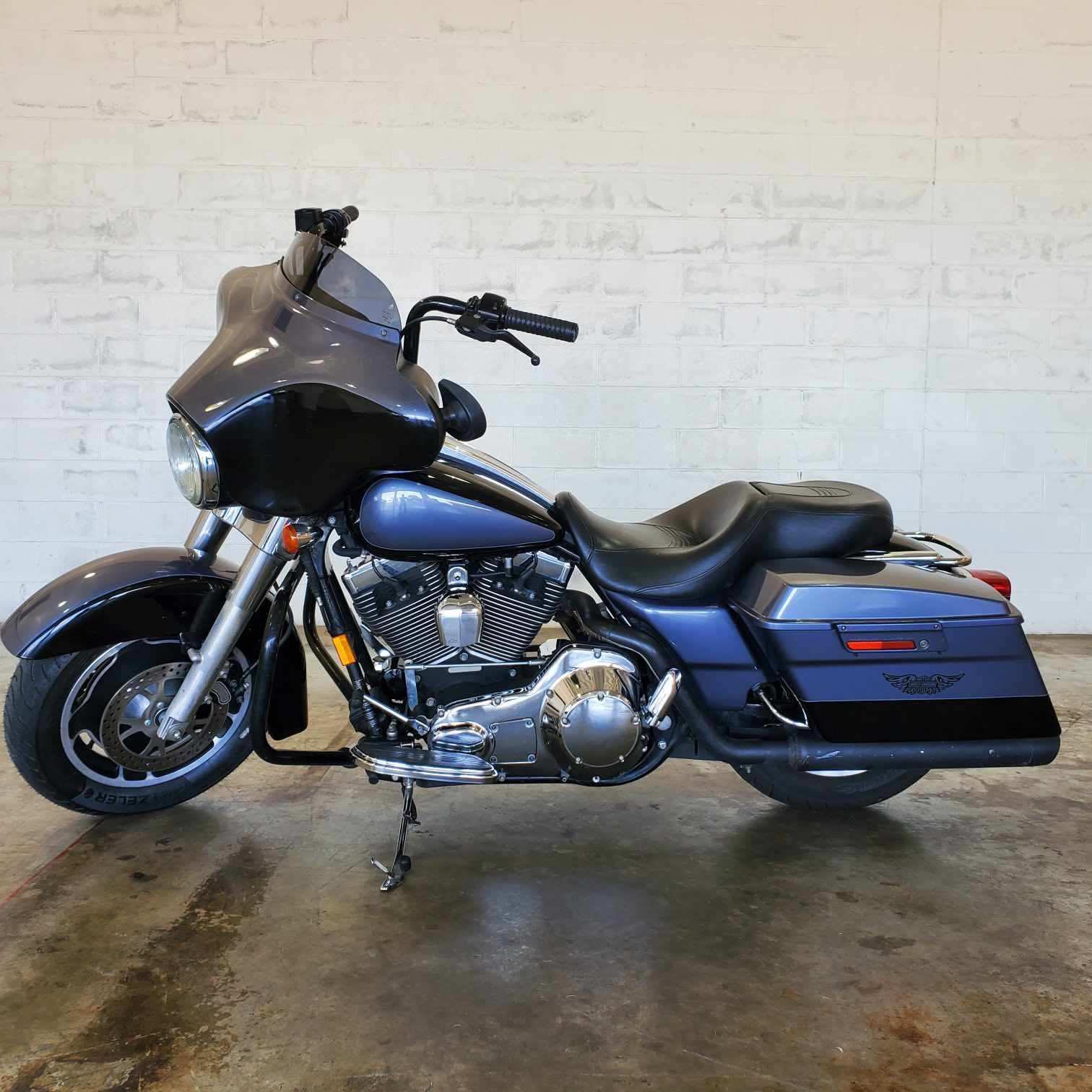 2006 Harley-Davidson Street Glide Base at Twisted Cycles