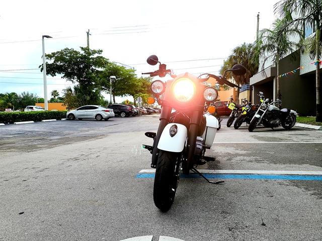 2019 Indian Springfield Dark Horse at Fort Lauderdale