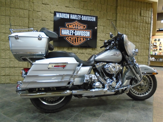 2011 Harley-Davidson Electra Glide Classic at Waukon Harley-Davidson, Waukon, IA 52172