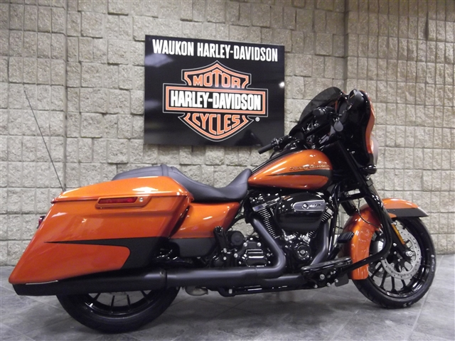 2019 Harley-Davidson Street Glide Special at Waukon Harley-Davidson, Waukon, IA 52172