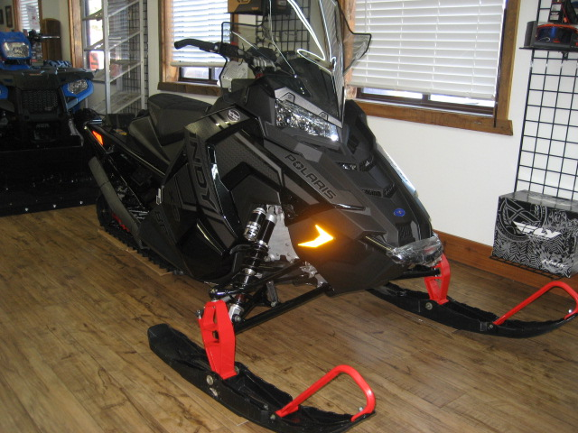 2020 Polaris 800 Indy XC 129 at Fort Fremont Marine Redesign