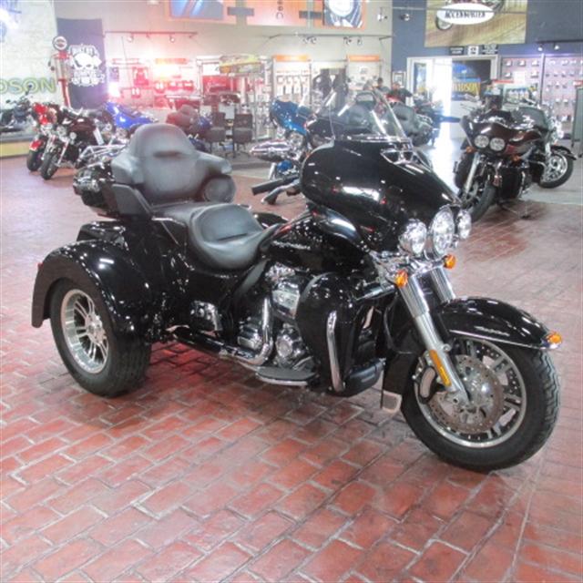 2018 Harley-Davidson Trike Tri Glide Ultra at Bumpus H-D of Memphis