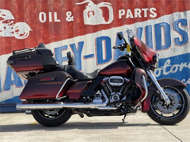 2018 Harley-Davidson Electra Glide CVO Limited at Gruene Harley-Davidson