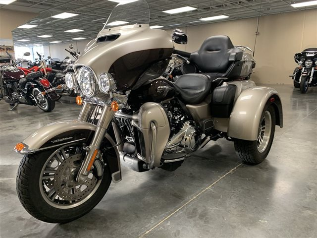 2018 Harley-Davidson FLHTCUTG - Tri Glide  Ultra Tri Glide Ultra at Star City Motor Sports
