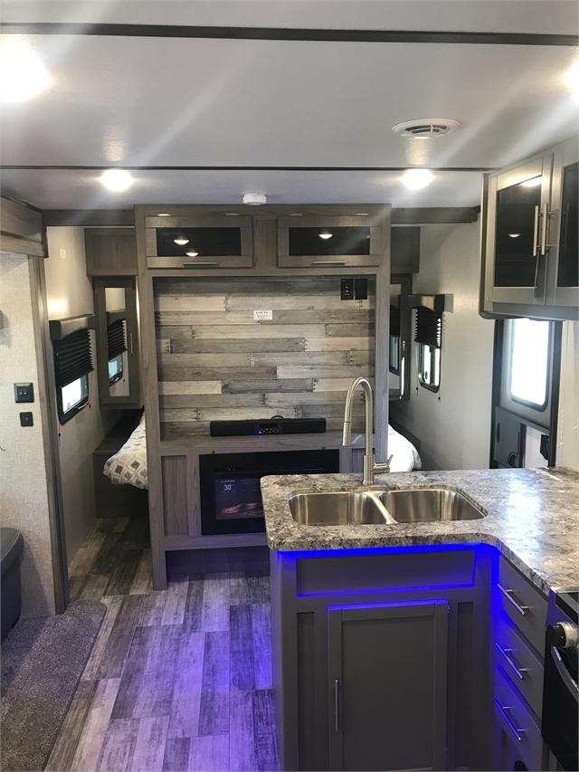2021 CrossRoads Volante Travel Trailer VL32SB at Lee's Country RV