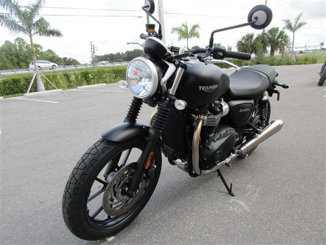 2018 Triumph Street Twin Matte Black at Stu's Motorcycles, Fort Myers, FL 33912