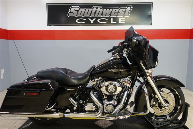 2010 Harley-Davidson Street Glide Base at Southwest Cycle, Cape Coral, FL 33909