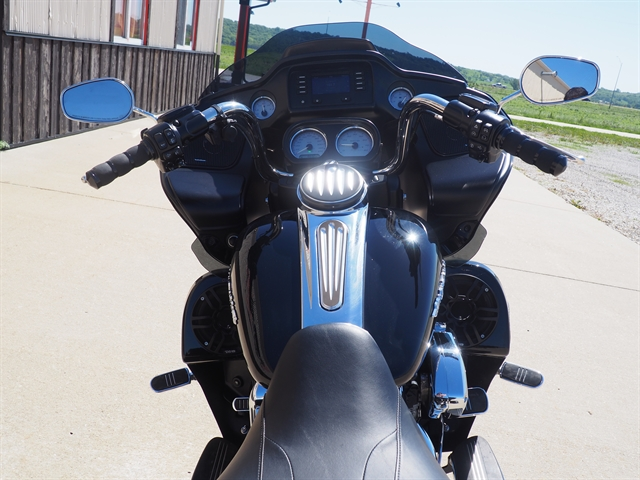 2015 Harley-Davidson Road Glide Base at Loess Hills Harley-Davidson