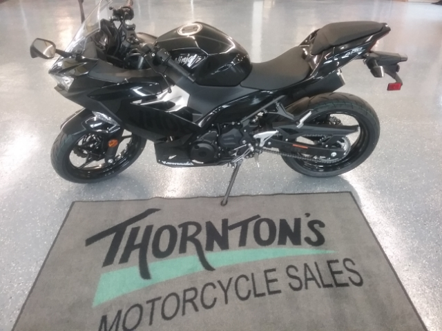 2018 Kawasaki Ninja 400 Base at Thornton's Motorcycle - Versailles, IN