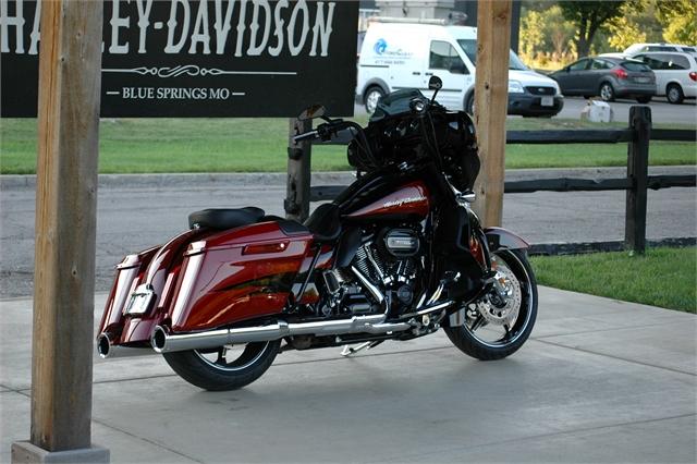 2017 Harley-Davidson Street Glide CVO Street Glide at Outlaw Harley-Davidson