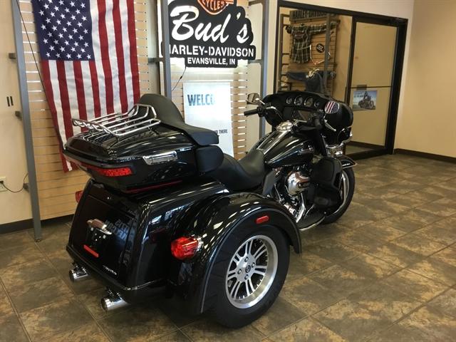 2015 Harley-Davidson Trike Tri Glide Ultra at Bud's Harley-Davidson Redesign