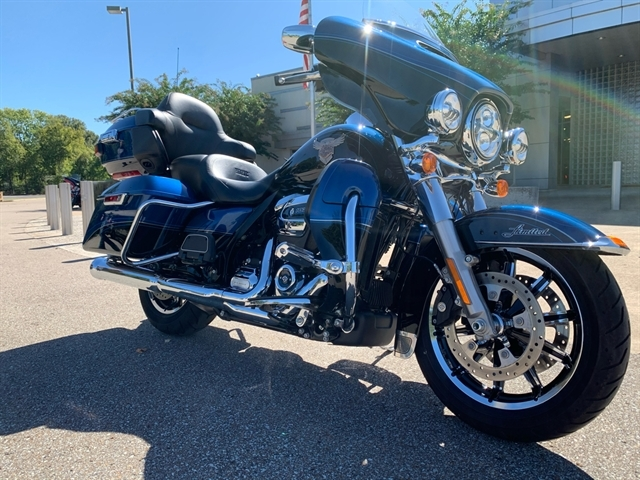 2018 Harley-Davidson Electra Glide Ultra Limited at Bumpus H-D of Jackson