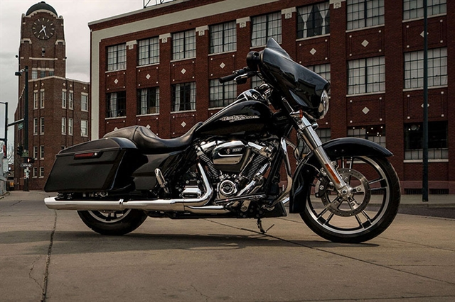 2019 Harley-Davidson Street Glide Base at Zips 45th Parallel Harley-Davidson