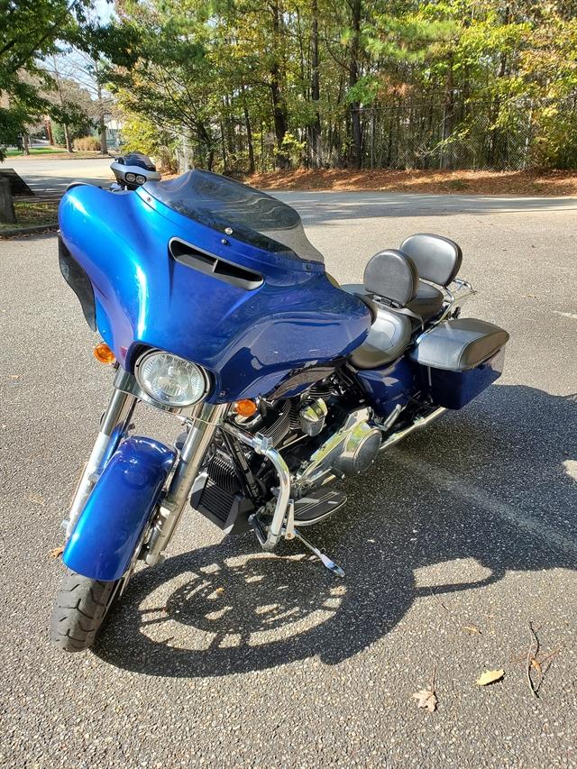 2017 Harley-Davidson Street Glide Base at Hampton Roads Harley-Davidson