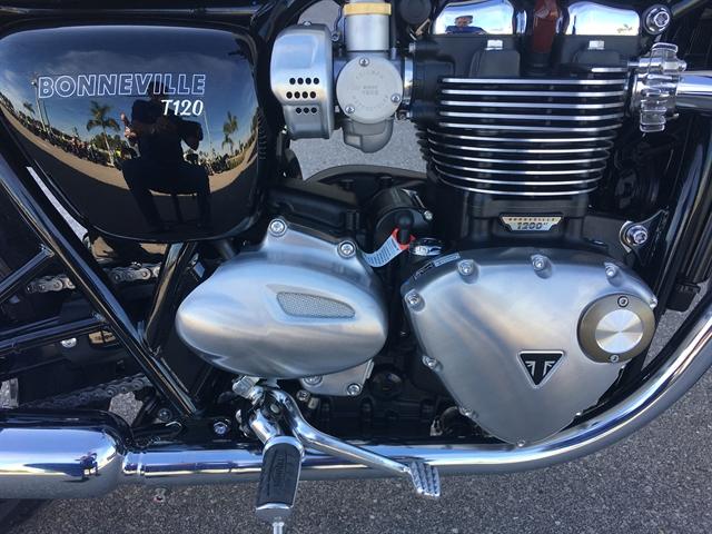 2020 Triumph BONNEVILLE T120 at Fort Myers