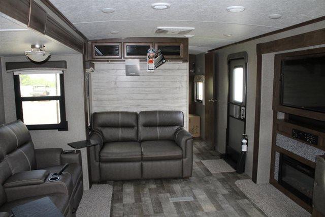 2019 Forest River Rockwood Signature Ultra Lite 8332BS Rear Kitchen at Campers RV Center, Shreveport, LA 71129