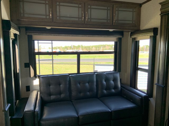 2019 Keystone RV Montana 3931FB Front Bath and a Half at Campers RV Center, Shreveport, LA 71129