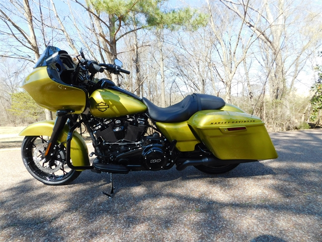 2020 HARLEY DAVIDSON ROAD GLIDE SPECIAL FLTRXS at Bumpus H-D of Collierville