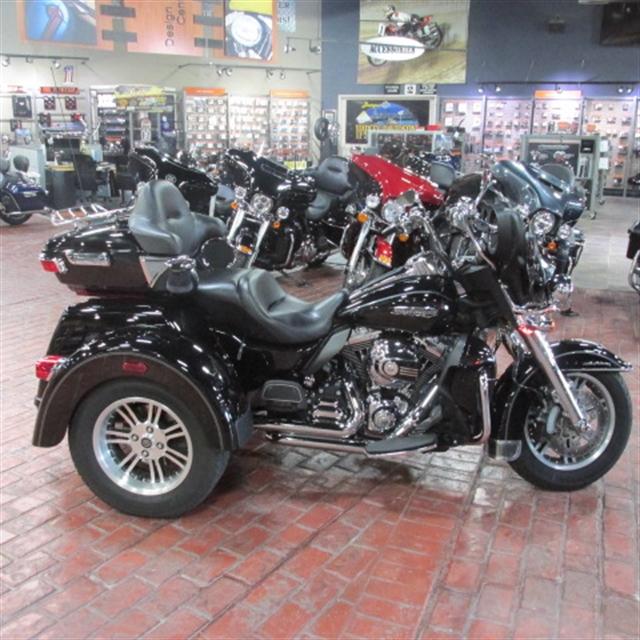 2014 Harley-Davidson Trike Tri Glide Ultra at Bumpus H-D of Memphis