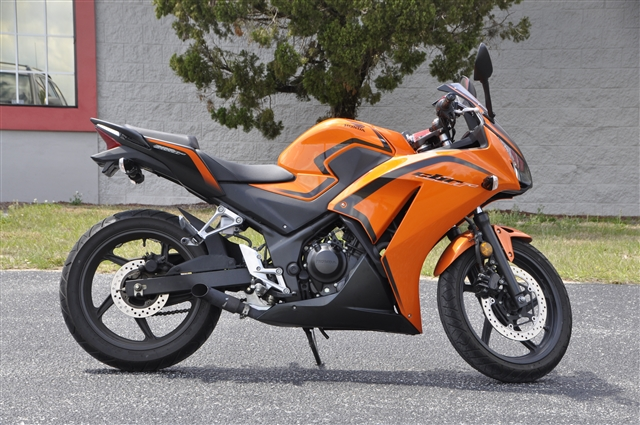 2016 Honda CBR 300R at Seminole PowerSports North, Eustis, FL 32726