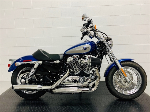 2017 Harley-Davidson Sportster 1200 Custom at Destination Harley-Davidson®, Silverdale, WA 98383