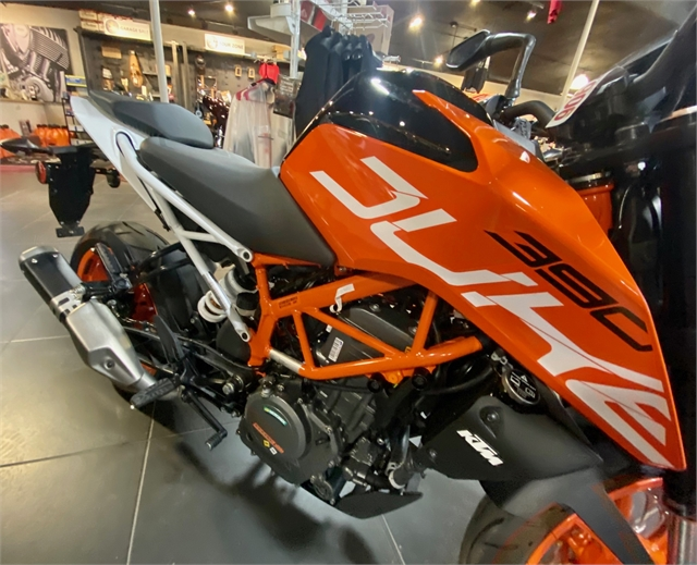 2020 KTM Duke 390 at Shreveport Cycles