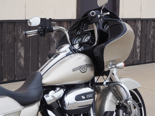 2018 Harley-Davidson Road Glide Base at Loess Hills Harley-Davidson