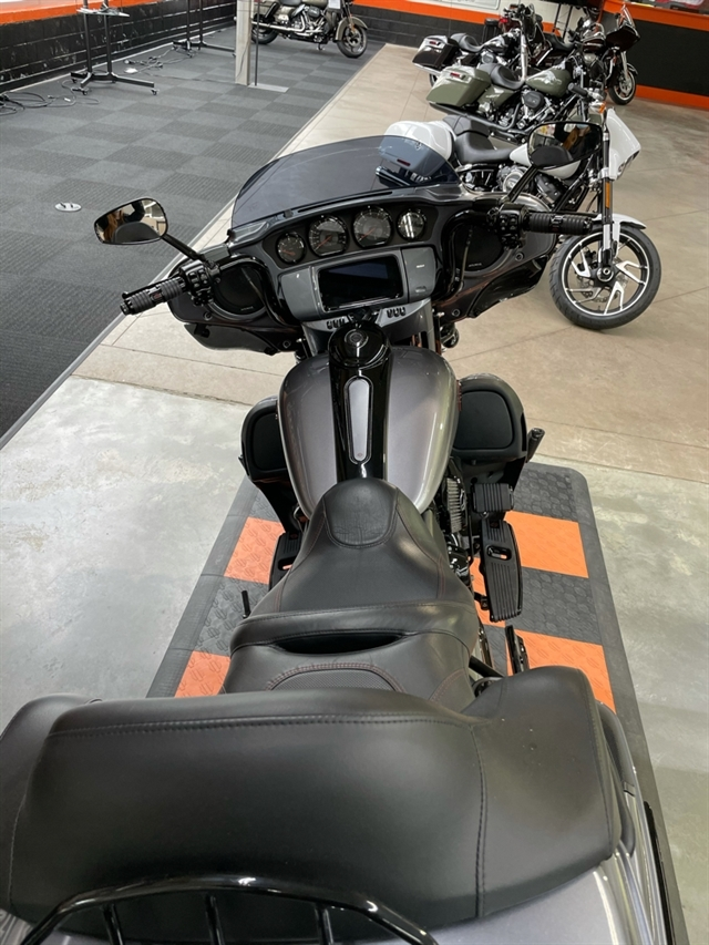 2019 Harley-Davidson Electra Glide CVO Limited at Hampton Roads Harley-Davidson