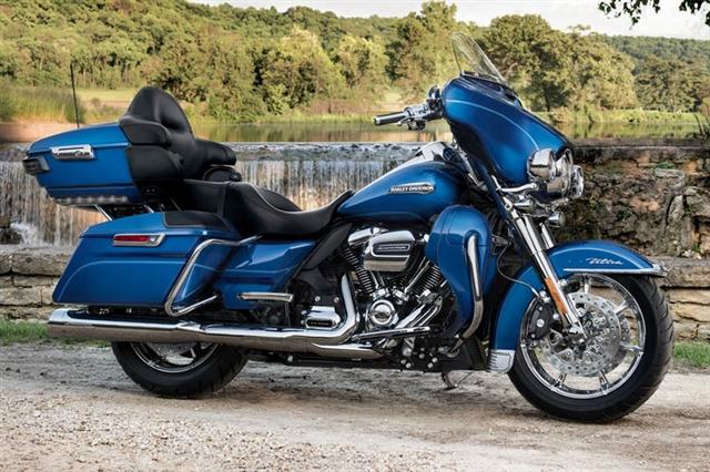 2017 Harley-Davidson Electra Glide Ultra Classic at Destination Harley-Davidson®, Silverdale, WA 98383