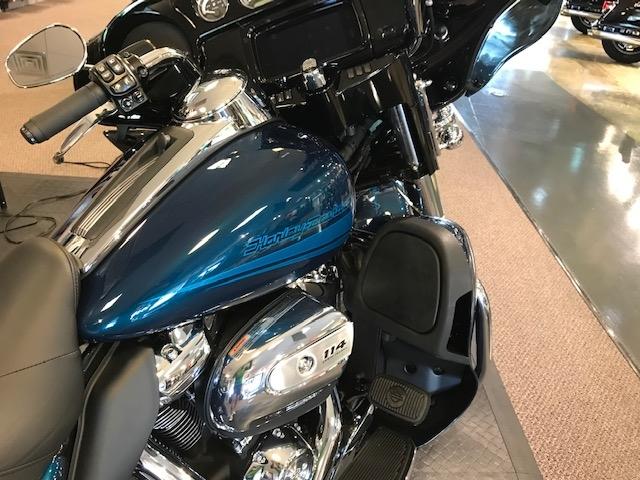 2020 Harley-Davidson Touring Ultra Limited at Carlton Harley-Davidson®