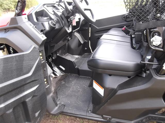 2018 Honda Pioneer 1000-5 Deluxe at Kent Motorsports, New Braunfels, TX 78130