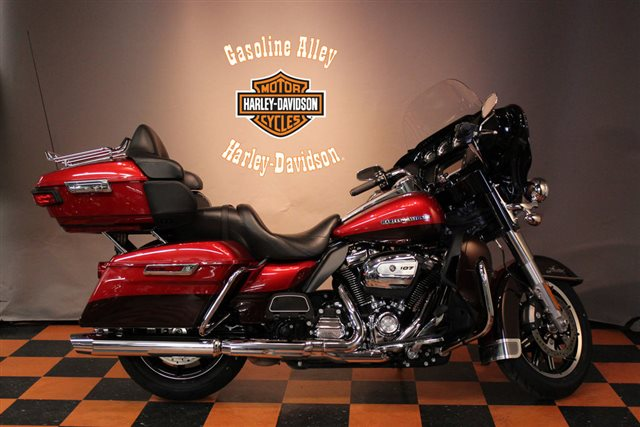 2018 Harley-Davidson Electra Glide Ultra Limited at Gasoline Alley Harley-Davidson (Red Deer)