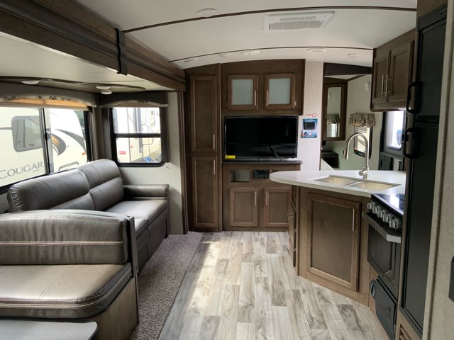2019 Keystone RV Cougar Half-Ton 32RDB at Campers RV Center, Shreveport, LA 71129