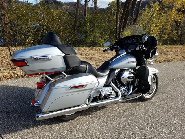 2015 Harley-Davidson Electra Glide Ultra Classic Low at Harley-Davidson® Shop of Winona, Winona, MN 55987