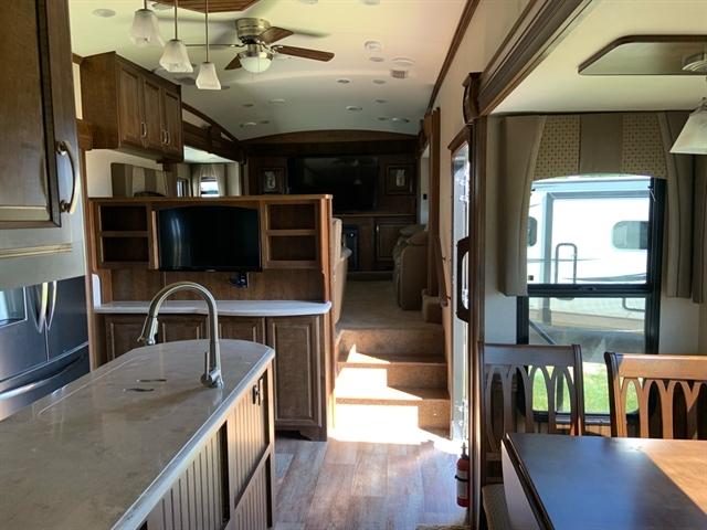 2015 Forest River Cardinal 3825FL 3825FL at Campers RV Center, Shreveport, LA 71129